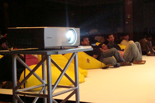 Rent Projector in Dhaka
